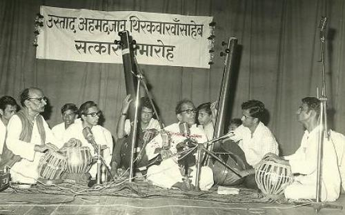 Gajananrao in concert with Us Ahemadjan Thirkwa on tabla.JPG